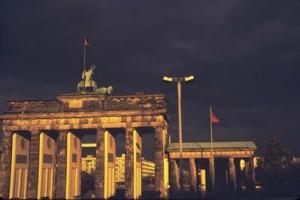 Brandenburger Tor, West-East Berlin, 1988